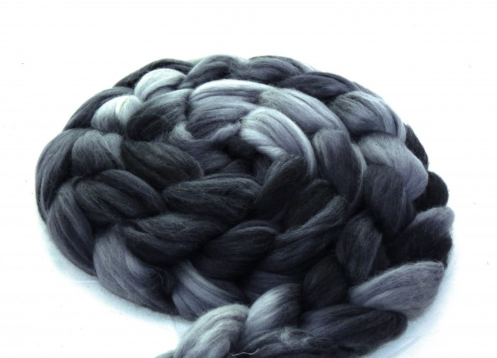 "multicolor Merino-Kammzug ""Mr. Grey"""
